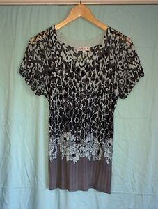 Noni B Women's Top Size XL Floral/ Animal Print With Sequins