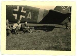 Orig. Foto Junkers Ju 52 Flugzeug KGr.zbv.9 am Flugplatz BARDUFOSS Norwegen 1942