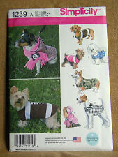 SIMPLICITY CRAFT PATTERN 1239 COSTUMES DOG CLOTHES  SIZES SM  MED  LRG  UNCUT