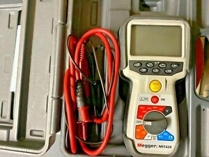 MEGGER MIT420 INSULATION TESTER WITH HARD CASE