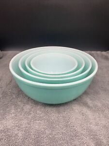 Vintage PYREX Turquoise nesting mixing bowls complete set 401 402 403 404