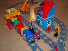 Lego Duplo Eisenbahn Set komplett mit elektrischer Lok und Kran
