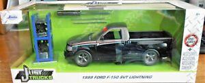 NEW 2021 Jada Just Trucks Series  *1999 FORD F-150 SVT LIGHTNING*  Pickup 1:24