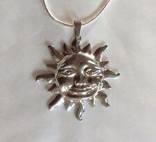 Tono plata colgante de sol de gran tamaño y cadena de 43 Cm
