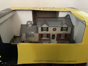 K-LINE TRAINS COLONIAL Animated HOUSE ASSEMBLED - 0/027 In Box K-42405