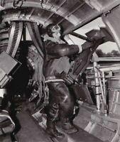 USAAF B17 Flying Fortress Waist Gunner Crew Print WW2 WWII 5x7