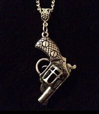 "THE Walking Dead PISTOLA Collana Catena 30"" Rick Grimes Revolver Dirty Ciondolo * Regno Unito **"