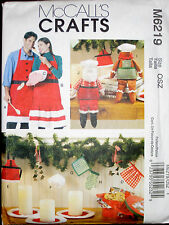 McCall's M6219 SEWING PATTERN Christmas Decoration Santa APRON CANDLE MAT DOLLS