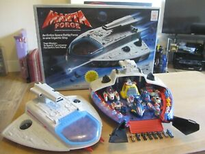 VINTAGE MANTA FORCE COMMAND SHIP COMPLETE & BOXED