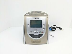 TIMEX T622H Alarm Clock CD player AM FM Radio MP3 Aux input with Battery Backup