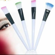 Brochas, pinceles, aplicadores de maquillaje sin marca