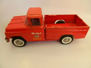 Vintage Buddy L Red Traveling Zoo Pick-Up Truck