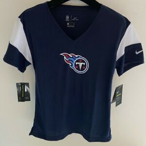 NWT Tennessee Titans Nike women's Nike short sleeve v-neck t-shirt size XS