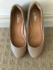 WITTNER CARAMEL LEATHER COURT SHOE. SIZE 36. BRAND NEW. WEDGE HEEL.