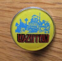 LED ZEPPELIN VINTAGE METAL PIN BADGE FROM THE 1980's BLACK DOG