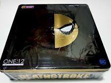 MEZCO Deathstroke PX,   NEW in box. one12.  Rare DC figure of the Batman villain