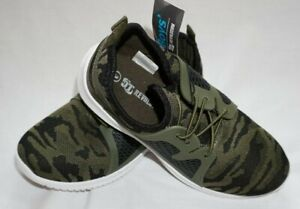 NWT Youth Boys Green Camo OT REVOLUTION Camouflage Sneakers Shoes Sz 12