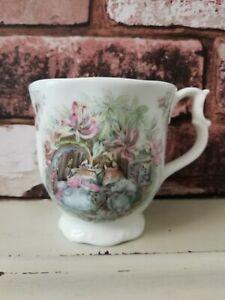 Vintage Royal Doulton Brambly Hedge Summer Beaker Mug Jill Barklem 1983