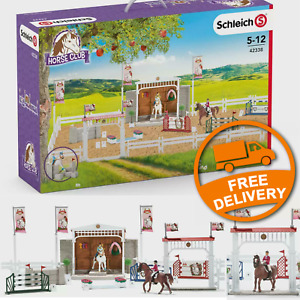 Schleich Horse Club Big Horse Show Set - Model 42338