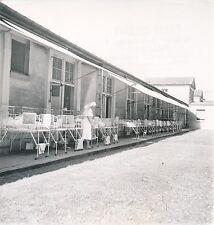 PARIS c. 1951 - Hôpital de la Salpêtrière Pavillon des Enfants Lits - Div 10588