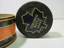 Inglasco NHL Hockey Toronto Maple Leafs Game Puck  t4191