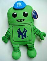 "New York Yankees Green 14"" Plush Robot Kelly Toy Rallymen 2016 MLB Baseball NWT"