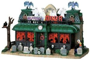 Lemax Spooky Town Village Graveside Diner 95805 Retired Lighted Building