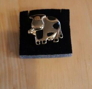 Cute Cow Tac Pin, BNIB
