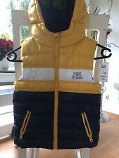 coole Jacke, Weste Herbst Winter Junge Gr. 122 gelb - blau