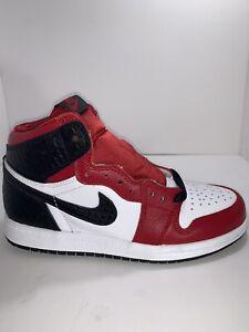 Nike Air Jordan 1 Retro High OG Satin Red Snake Chicago  Size 2Y FAST SHIPPING