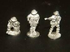 SHQ BA6 1/76 Diecast WWII Australian Infantry Gun Crew (3 Figures)