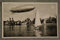 Fotopostkarte Luftschiff Zeppelin über dem Bodensee bei Friedrichshafen