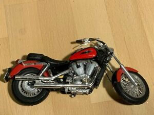 Maisto 1:10 Scale Honda Shadow (Damaged)