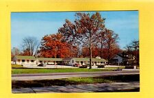Vincennes, IN Indiana, R & M Motel owned and operated by Mr & Mrs Orcel W Robold