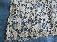 Antique 17c Handmade Italian Mezzo Punto Needlelace Rinascimento lace Runner
