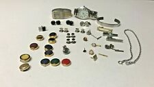 HY010	MENS JEWELRY LOT TIE CLIPS, CUFFLINKS, TIE TACKS AND WATCHES