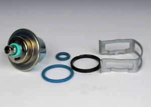 Fuel Injection Pressure Regulato fits 2004 GMC Sierra 1500,Yukon,Yukon XL 1500
