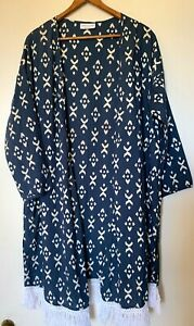 Frankie Jones The Label  blue/white kimono white fringe trim one size