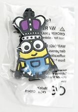 NEW Universal Studios Despicable Me Minion Scavenger Hunt Queen Fridge Magnet