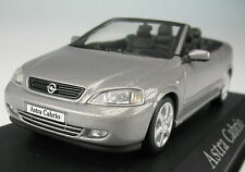 MINICHAMPS - OPEL Astra G CABRIO - silber metallic 1:43 - NEU in OVP -Modellauto