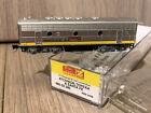Z scale Micro-Trains Santa Fe ATSF 345B F7B Locomotive 980 02 280 Powered