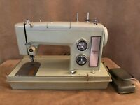 Sears Kenmore vintage WORKS Sewing Machine in carry storage case