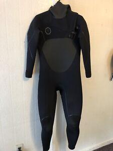 Vissla North Seas 5.5/4.5 hooded wetsuit Mens Medium Small