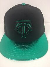 New Era 59Fifty MLB Minnesota Twins Black/Green Foiled Fitted Cap-7 1/8-NWF
