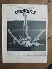1955 Bur-Mil Camafeo Forma 2u Mujer las Medias Calcetines Nylons Piernas Anuncio
