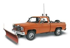 Revell 17222 - 1/24 Trucks - GMC Pickup with Snow Plow - New