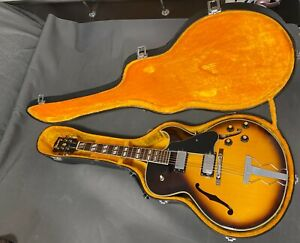 GUITAR IBANEZ JAZZ, MODEL 2355 SUNBURST 1977, STYLE GIBSON ES 175, JAPAN