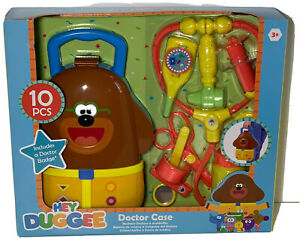 Hey Duggee Playset Doctor Case 10 Pieces + Doctor Badge For Ages 3+ Xmas Gift