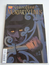 DC COMICS DYNAMITE , SHERLOK HOLMES , MORIARTY LIVES . IN ENGLISH N° 3 DE 2014 .