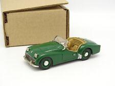 G3C Set aufgebaut 1/43 - Triumph TR3A grün